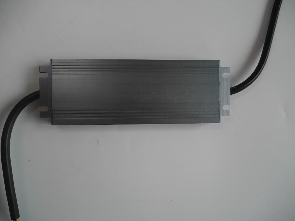 P3320009