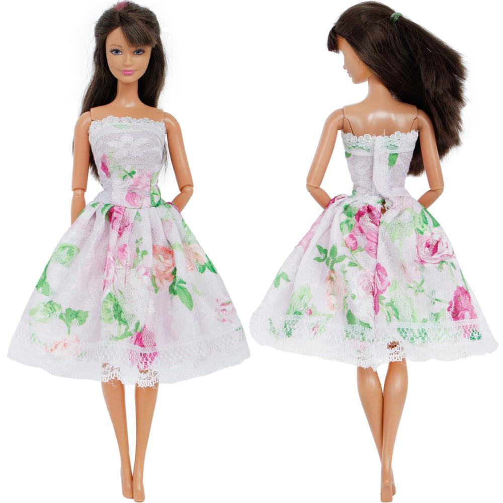 7231a5edc0b1a Handmade 5 Pcs / Pack Fairy Tale Dress Copy Snow White Aurora Elsa Princess  Gown Skirt Clothes For Barbie Doll Accessories