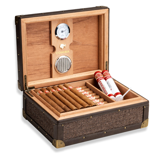 Knitting Strip Solid Wood Cigar Humidor