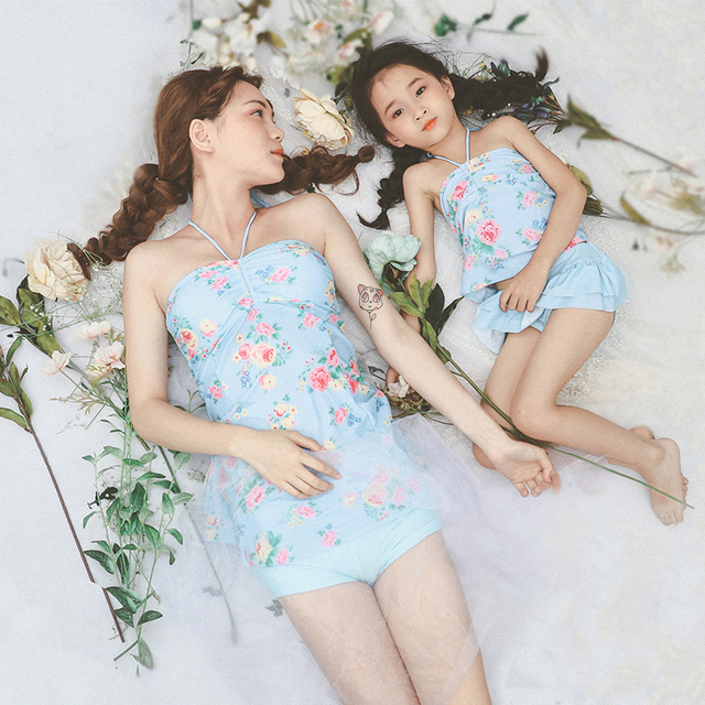 f04667c9fb Mother Daughter Dresses Family Matching Swimsuit Mother Mom and Daughter  Swimwear Matching Clothes Baby Bikini Child Swimsuit