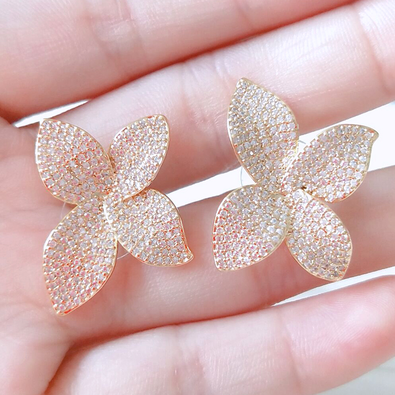 Brincos Zirconia Accessories Stud Earrings Unique Design Big Flower Shaped Cz Pave Setting Elegant Earring For Women CFSEP2078E in Stud Earrings from Jewelry Accessories