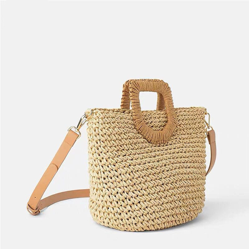 2019 New Popular Women's Straw Bag Paper Shoulders Hand-woven Bag Quality Art And Hobby Card Holiday Woven Bag Beach Bag