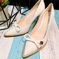 2016 Белый кожаный лук указал насосы женщин обувь из натуральной кожи свадебные каблуки свадебная обувь сладкие женские насосы