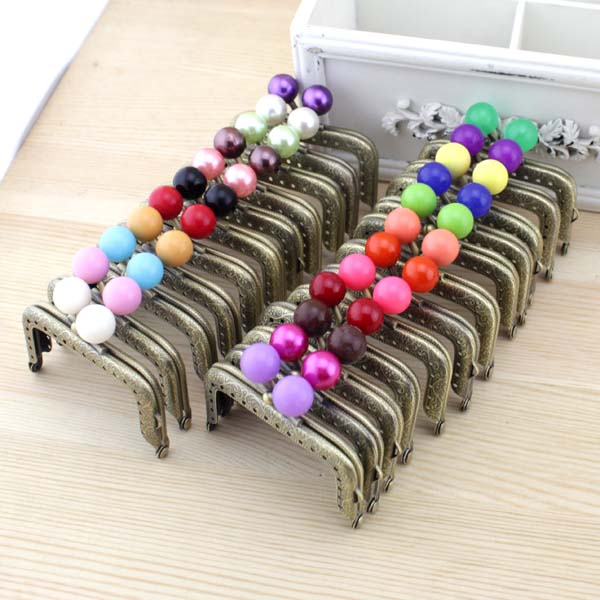 7.5cm 20pcs/lot Retro pattern sewing metal purse frame with candy kiss clasp patchwork bag handle making coin bag accessory-in Bag Parts & Accessories from Luggage & Bags    3