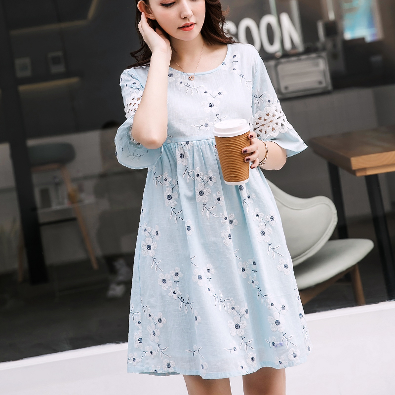 Summer New 100% Cotton Embroidery Floral Maternity Dress with Back Sashes A-line Pregnancy Nursing Dress Maternity Tops Clothes plus size floral embroidery tee dress with pockets