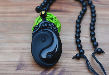 Natural Black Obsidian Stone Carved Chinese Eight Trigrams Pendant Double Fishes Pendant Necklace Men Jewelry.