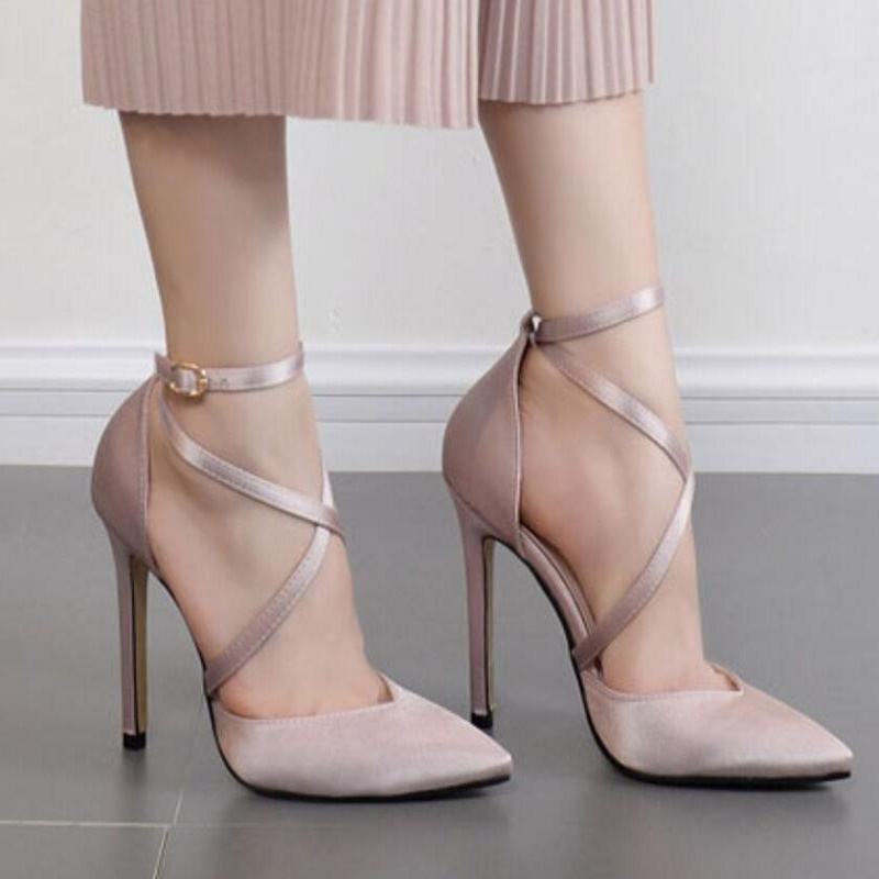 Shoes Women 2019 Spring And Autumn New Pointed Shallow Mouth Super High Heel Stiletto Single Shoes Silk Satin Hollow Shoes