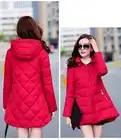 Новинка 2018, горячая Распродажа, парки размера плюс со шляпой, черные, темно синие, серые, красные пальто, зимние куртки для женщин - 6
