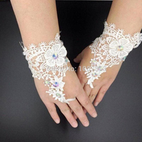 In Stock 2017 New Arrival wedding accessories Appliques Bridal Gloves Bead Beautiful Wedding Bridal Gloves 2017