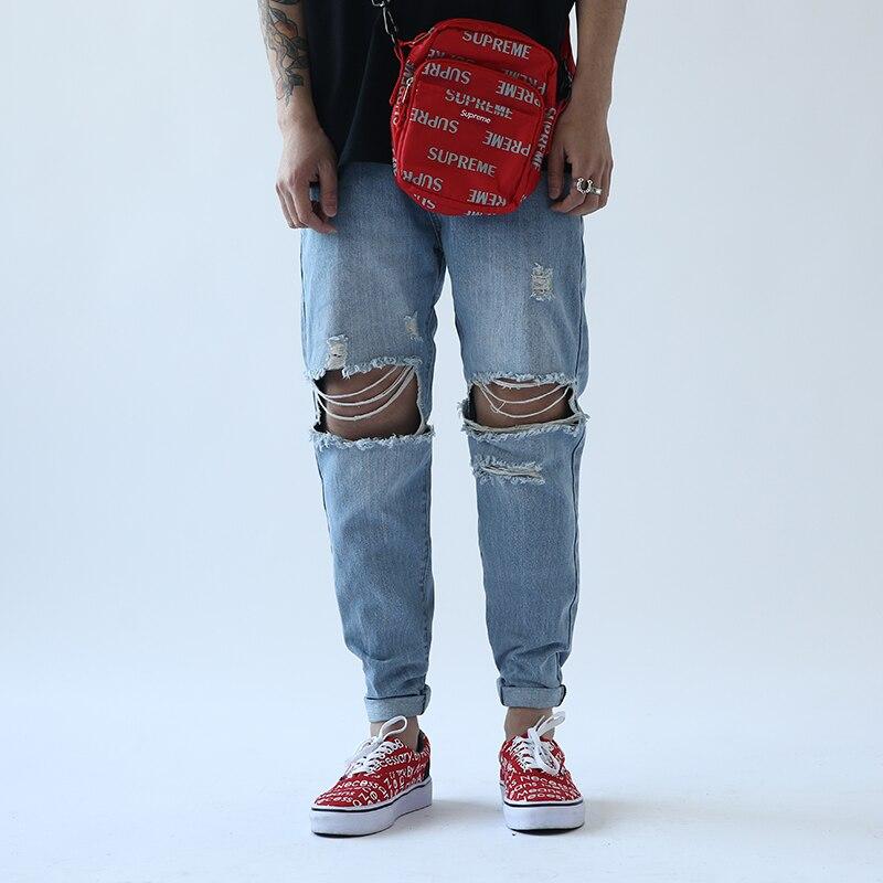 CHINISM Mendicanti Jeans di Marca Denim Jeans Strappati Jeans di Marca  Degli Uomini di Modo Classico Cotone Harem Pants Street Style Pista Degli  Uomini Dei ... 3f6dba42d42