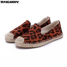 TINGHON New Women espadrilles Leopard print Comfortable Slip-on Womens Casual slippers Breathable Flax Hemp Canvas for girls