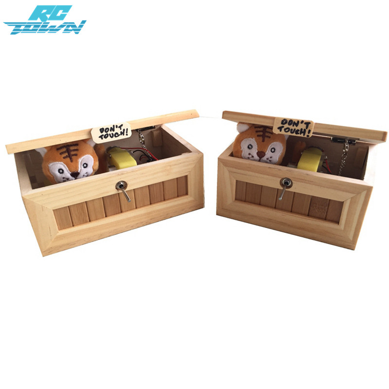 RCtown Wooden Useless Box Leave Me Alone Box Most Useless Machine Dont Touch Tiger Toy Gift with Light USB Charging-ZK 30%
