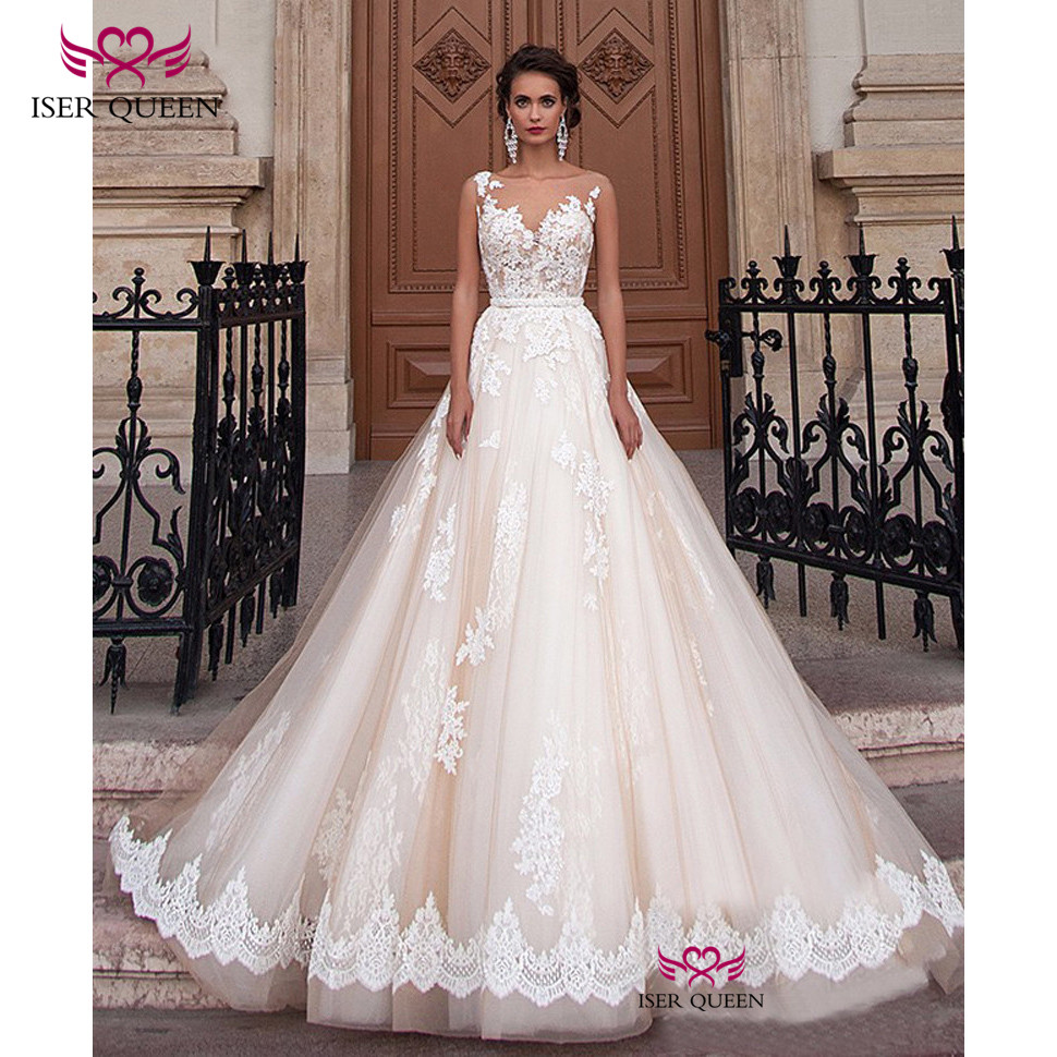 Pretty Appliques Wedding Dresses Vogue Champagne Sashes A-line Illusion Sweetheart Neckline Embroidered Lace On Net  W0047