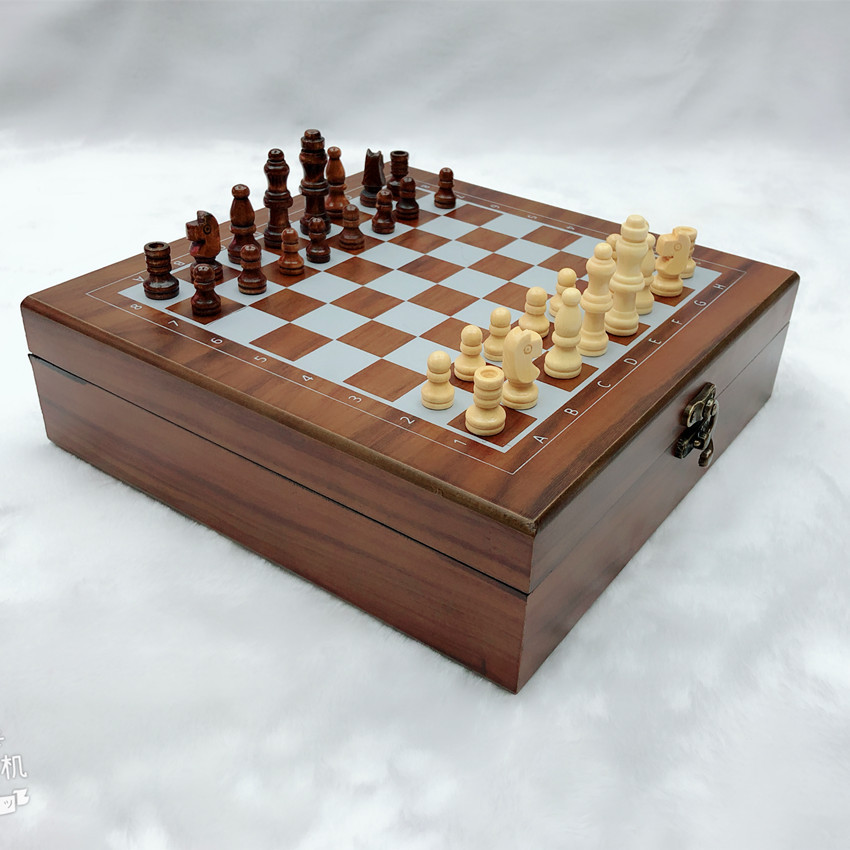 New Products Exported To Europe and America Wooden Chess Class Dice Domino 4 In 1 Set