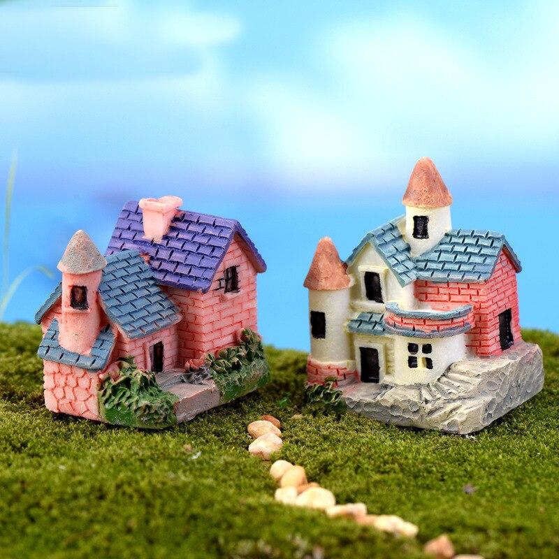 Cute Villa Mini Ornaments Resin Crafts Gift Micro Landscape Fairy Miniature Garden Gnome Moss Terrarium Bonsai Decor For Home
