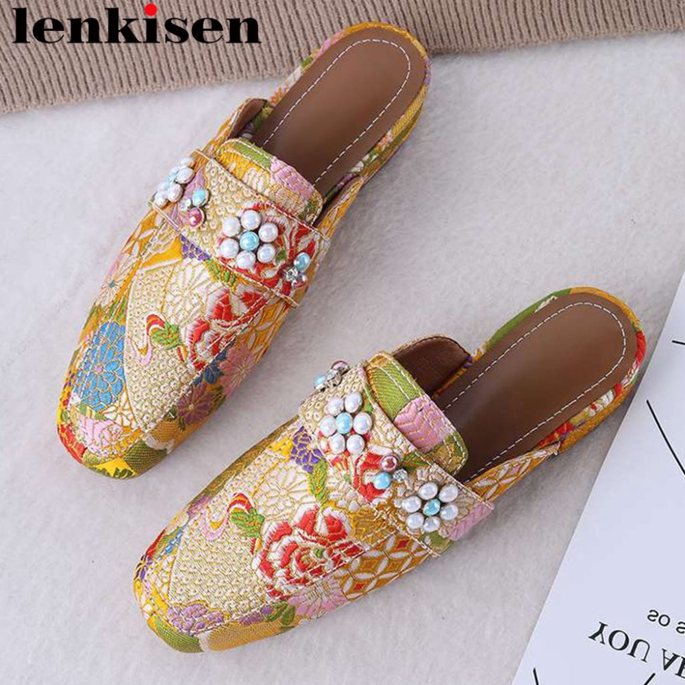 Ethnic style oriental embroidery pearls decoration square toe slip on low heels women pumps fashion popular