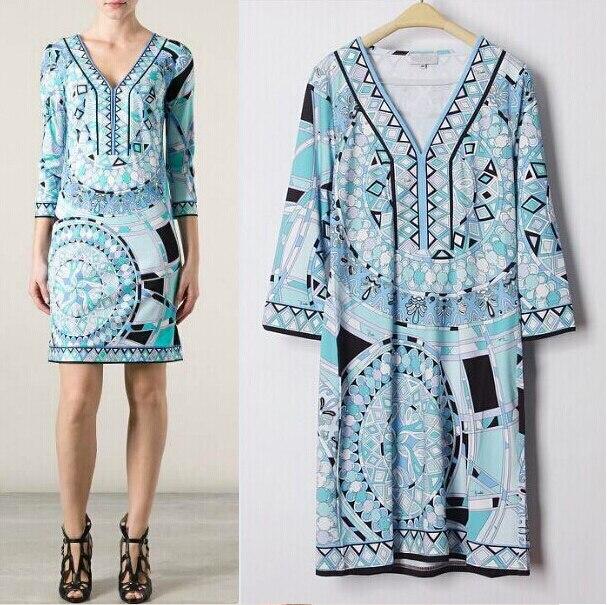 Top qualité Europe et états-unis femmes robe bleu impression col en v élastique tricot spectacle mince robe