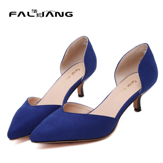 nuevo producto daa1e 63711 € 24.39 |Nueva punta estrecha tacones mujeres bombas moda tacones azules  mujeres stilettos oficina zapatos de verano bajo el talón desnudo bombea  los ...