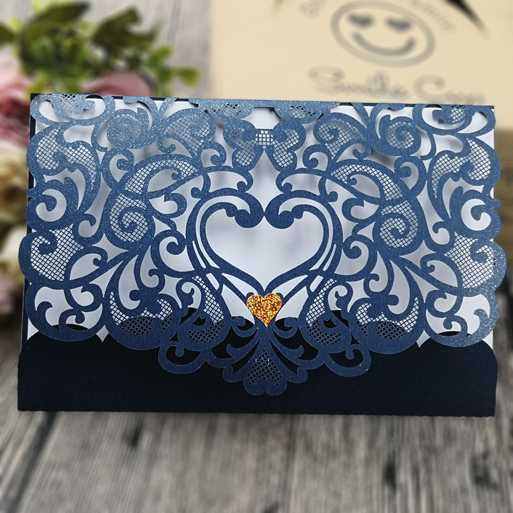 50 pieces Love heart pattern laser cut invitation mr mrs wedding cards invitation 2018,wedding names card with envelops and seal