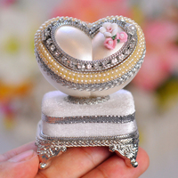 Deluxe Heart Shaped Eggshell Carving Ring Mini Music Box Musical Boxes for Noble Wedding Princess Love Girls Valentine's Day