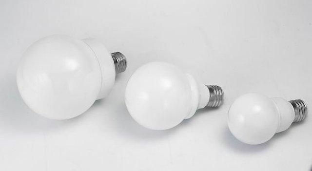 LED bulb with E27 Base;60pcs 5mm dip led;3.5-4W;270-360 lm;P/N:HA010