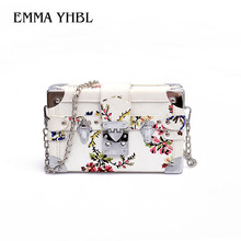 EMMA YHBL A new 2019 summer fashion bag for women slants across a chain-link box with floral prints that go well small