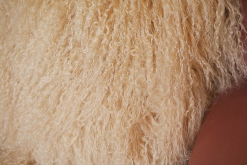 sheep skin back cushion pillow9