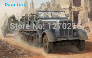 Trumpeter model 01583 1/35 Sd.Kfz.8 Schwerer Zugkraftwagen 12 t plastic model kit цена