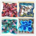 Весной и летом женские шелковые шарф леди лето солнцезащитный крем шаль девушки цветок печати атласный шарф пашмины 90*90 см 20 цветов
