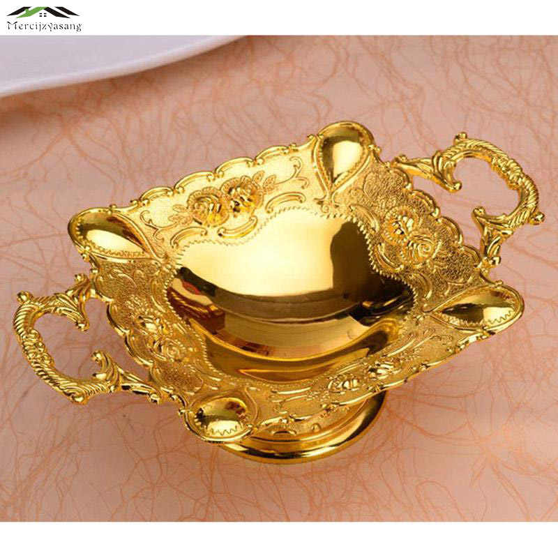 New Elegant Shiny Golden Plated Fruit Dish With Handle Fruit  Dessert Plate Luxury European Plates For Wedding Or Party 21*7CM