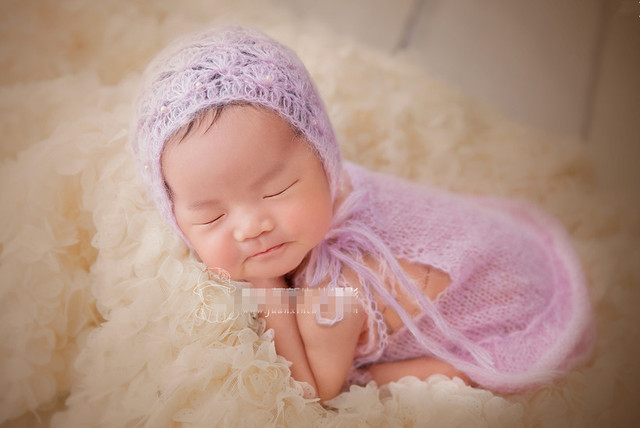 Baby bonnet and romper  Clothes Baby Romper Hand Baby Overalls Newborn Romper Matching hat  Newborn Photo Prop purple color