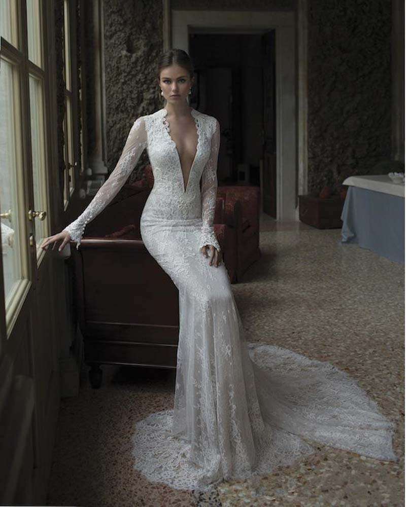 Vintage lace long sleeve wedding dress 2016 low chest for Lace sleeve backless wedding dress
