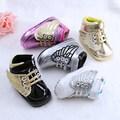 Nueva Llegada Encantadora Apariencia Bebé Zapatos Cómodos Zapatos de Niño Suave Suela Zapatos Infantiles R11202 Permeable Al Aire