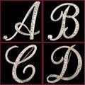 Joyería de moda Broche de Cristal de Plata Chapado En 26 Cartas Broches Para Las Mujeres Crystal Rhinestone Del Banquete Accesorios Regalos de Navidad