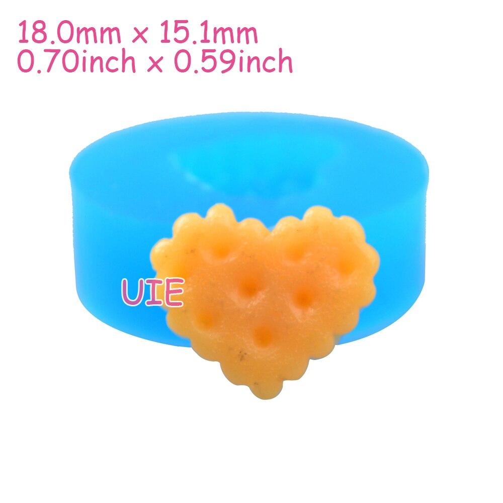 Qyl201u 18 мм Сердце Cookie Силиконовые Push Mold-кекс Топпер, помады, резинка пасты, конфеты, шоколад, смолы, ювелирные изделия, Еда безопасный