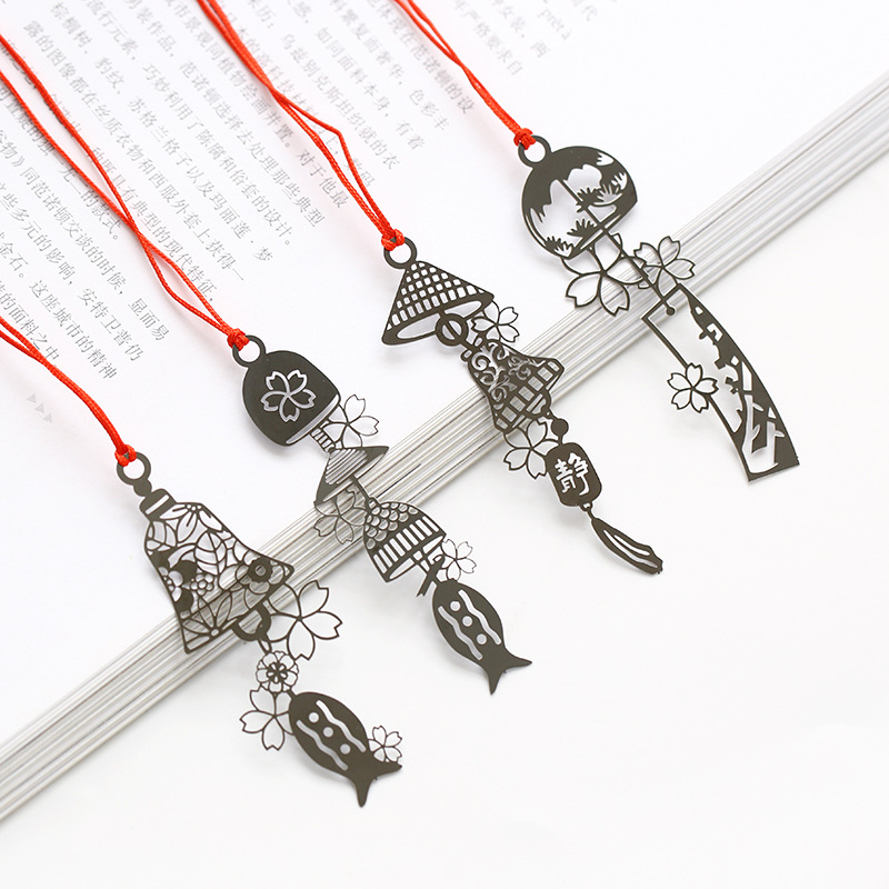 4 Pcs/Set Creative Hollowed Wind Bell Bookmark Book Holder Message Card Gift Stationery