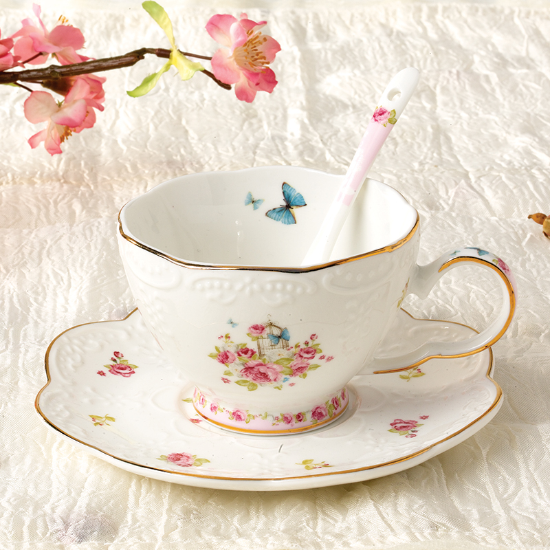 New Top Quality Bone China Cups And Saucers Ceramic Coffee Cup Set Porcelain Spoon