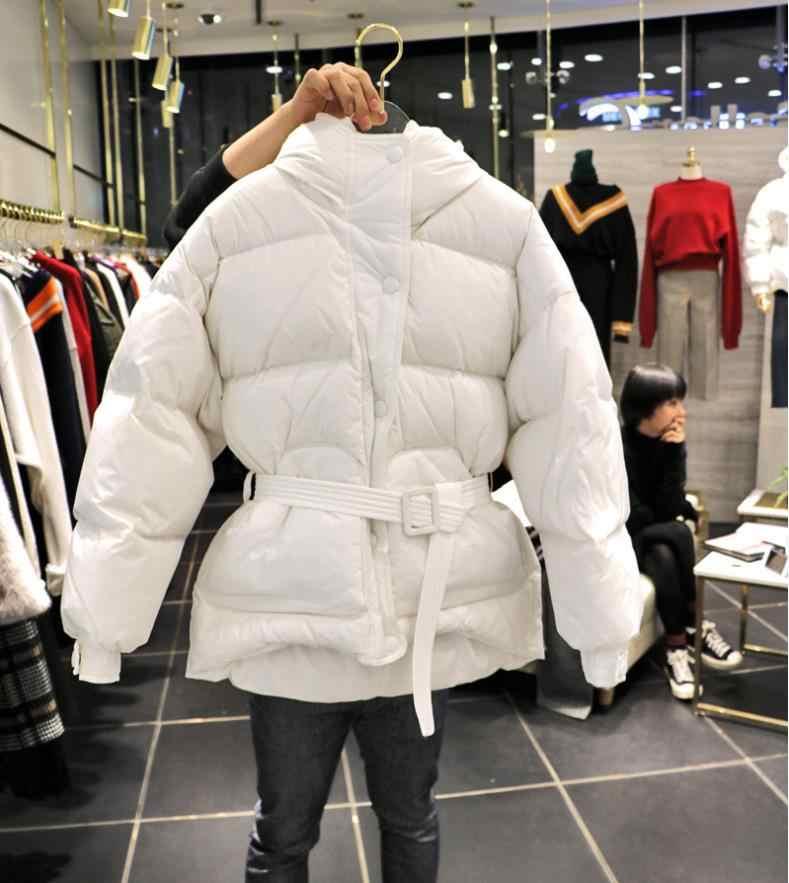 aa56d2b4c689 ... В Корейском стиле Модные свободные утепленные парки пальто женские  теплые зимние новый пояса Куртки 2018 женские