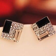 Boucles d'oreilles carrées en cristal noir et blanc, bijoux à clous pour femmes, strass populaires, bon marché, 2021