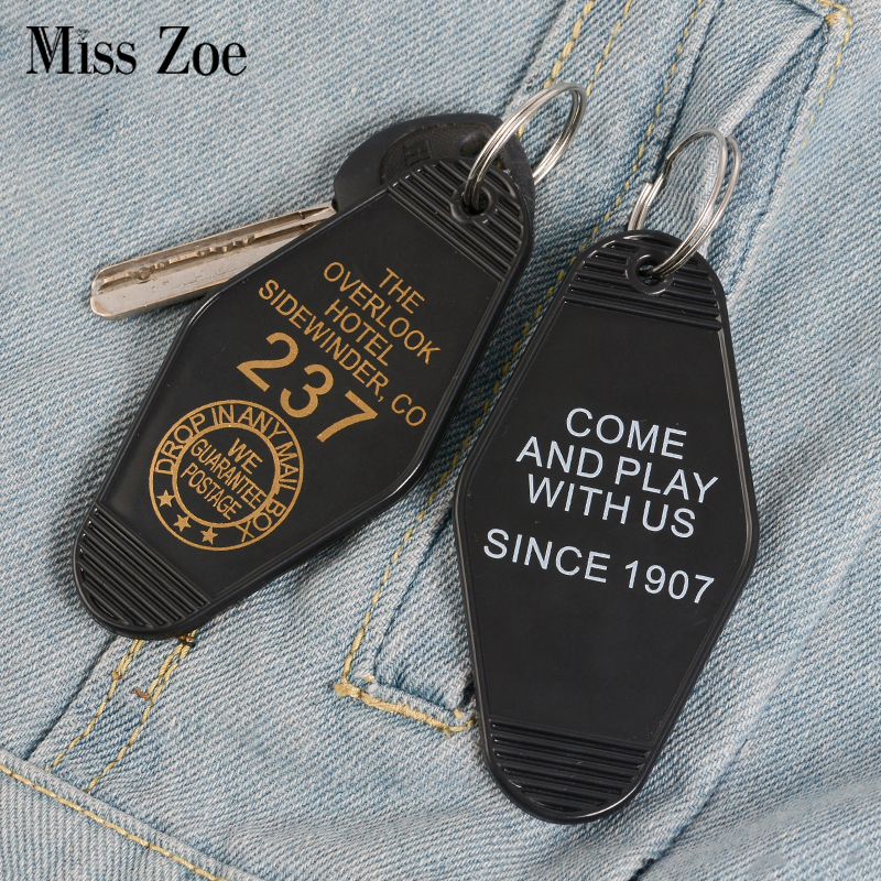 Overlook Hotel Keychain Key Chain Black Red Keytag Horror Film Accessories The Shining Jewelry Wholesale Gift For Men Boyfriend
