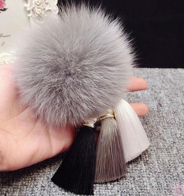 Fashion Fur Pompom Silk Tassel Car Key Chain Fluffy Real Fox Fur Pom Pom Keychain For Keys Women Bag Charm Pendant Accessories цены онлайн