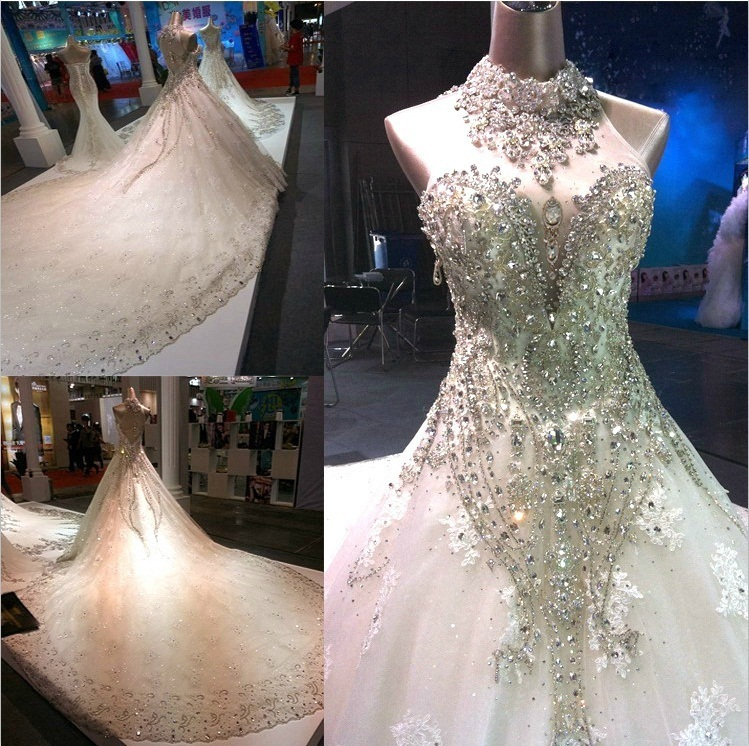 Vestido de boda del Tren Grande de Cristal Halter vestido de Novia Por Encargo V
