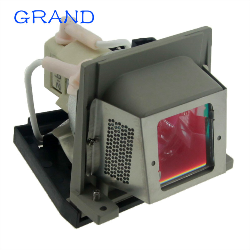 все цены на VLT-XD470LP Compatible Projector Lamp Bulb with Housing for Mitsubishi LVP-XD470 LVP-XD470U MD-530 MD-536X HAPPY BATE онлайн
