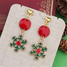DoreenBeads Earrings Gold Green Christmas Snowflake Round Red Rhinestone Enamel Earrings ,Post/ Wire Size: (21 gauge), 1 Pair(China)