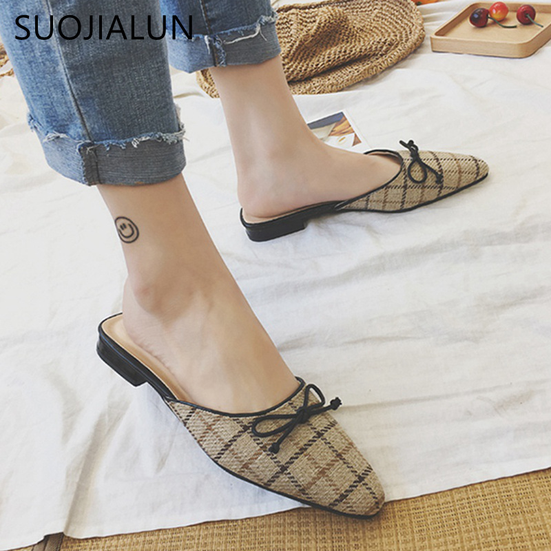 SUOJIALUN Brand 2018 Spring Polka Dot Butterfly-knot Women Sandals Pointed Toe Flats Mules Summer Ladies Shoes