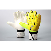 MAICCA New latex Soccer goalkeeper glvoes Men and women finger protector adult training Professional Football goalie gloves