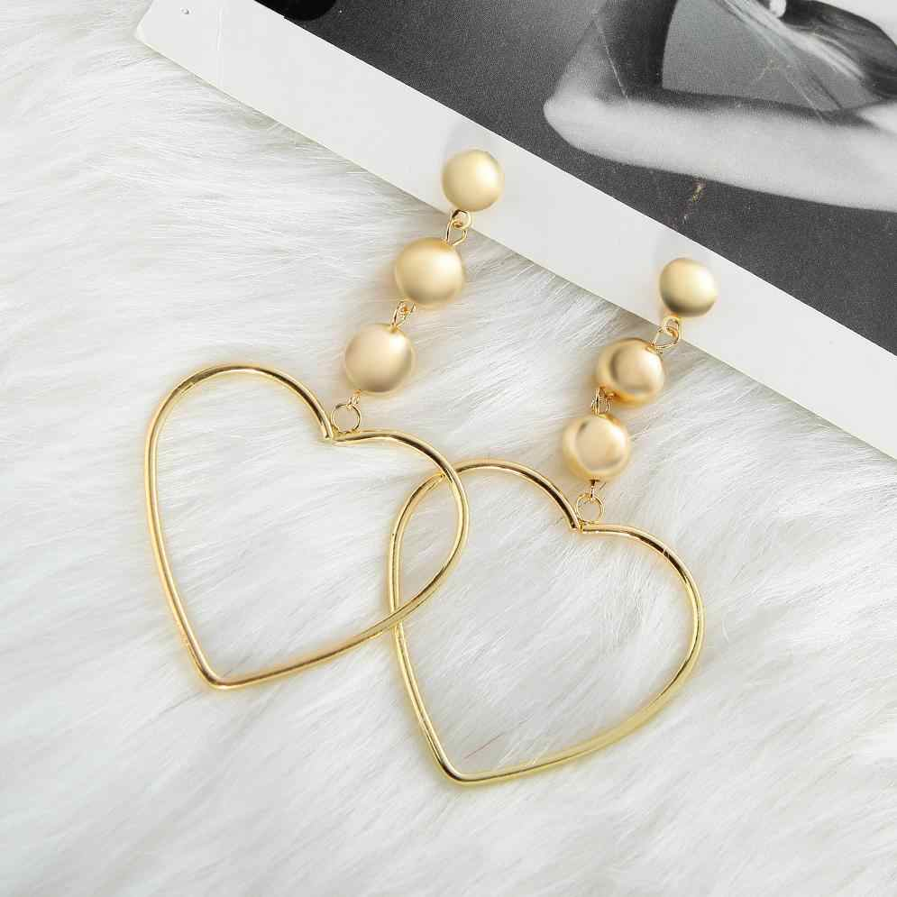 Punk 2018 New Fashion Earrings Show Fashion Big Love Temperament Long Personality Pearl Ladies Earrings Wholesale Hot Sale
