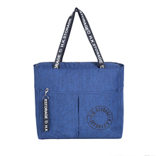 Waterproof Polyester Zipper Travel Tote Large Capacity Men and Women Fashion Carry on Bag