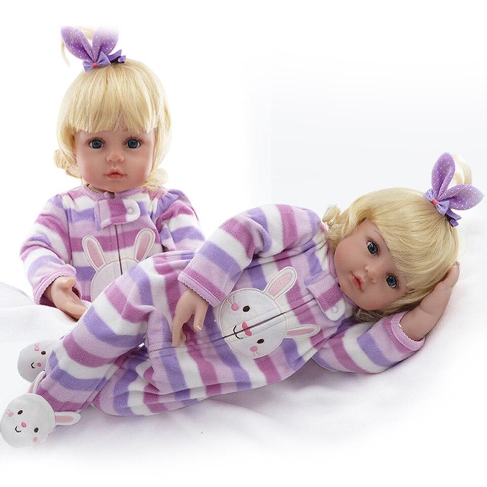Jolies poupées bébé cheveux en or 22 pouces Silicone souple réaliste Reborn bébé fille 55 cm rayures barboteuses russes Reborn enfants cadeaux de noël