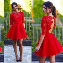 Atemberaubende Red Lace Cocktailkleider Sexy Keyhole Open Back Kurze party dress illusion crew neck mini prom kleider mit halb ärmeln